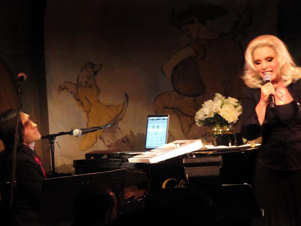 Debbie @BlondieOfficial  STUNNING at @TheCarlyleHotel NYC tonight. With @MattKatzbohen Pic/Makeup @TheRealMissGuy http://t.co/KrU2VkyAPs