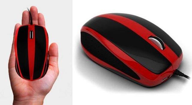 どこからどう見てもマウスなWindows 10搭載パソコン  http://t.co/dbPW5fgZ2M パソコン本体が内蔵されています。つまり、マウスなのに、ディスプレイと接続するだけでパソコンとして起動! #win10 http://t.co/fpcXxjJSHE
