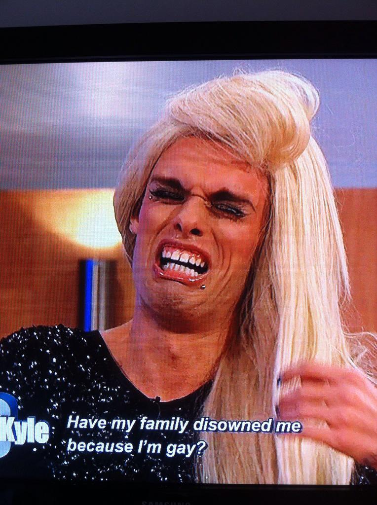 That's the plot of Frozen 2 sorted... #jeremykyle http://t.co/O4nX5xZhzC