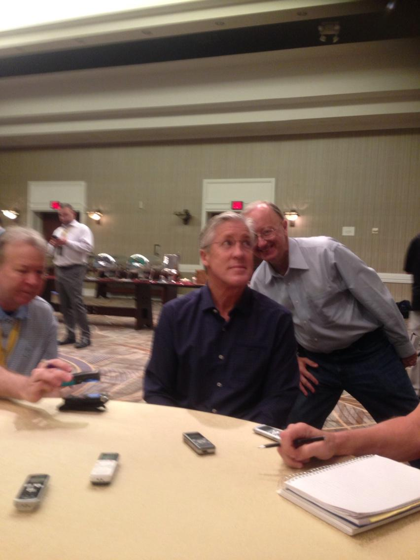 John Clayton gets even and photo bombs Pete. http://t.co/XvKf3elN7i