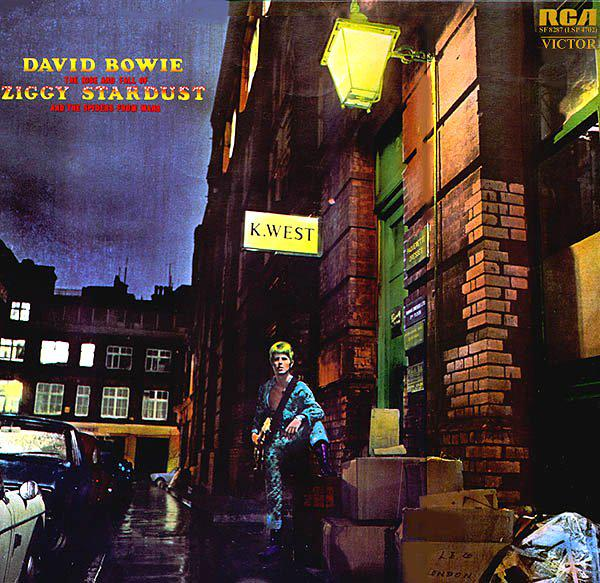 Starting a petition to have kanye West name removed from Ziggy Stardust. He should respect other artists album covers http://t.co/prfKjXJdcf