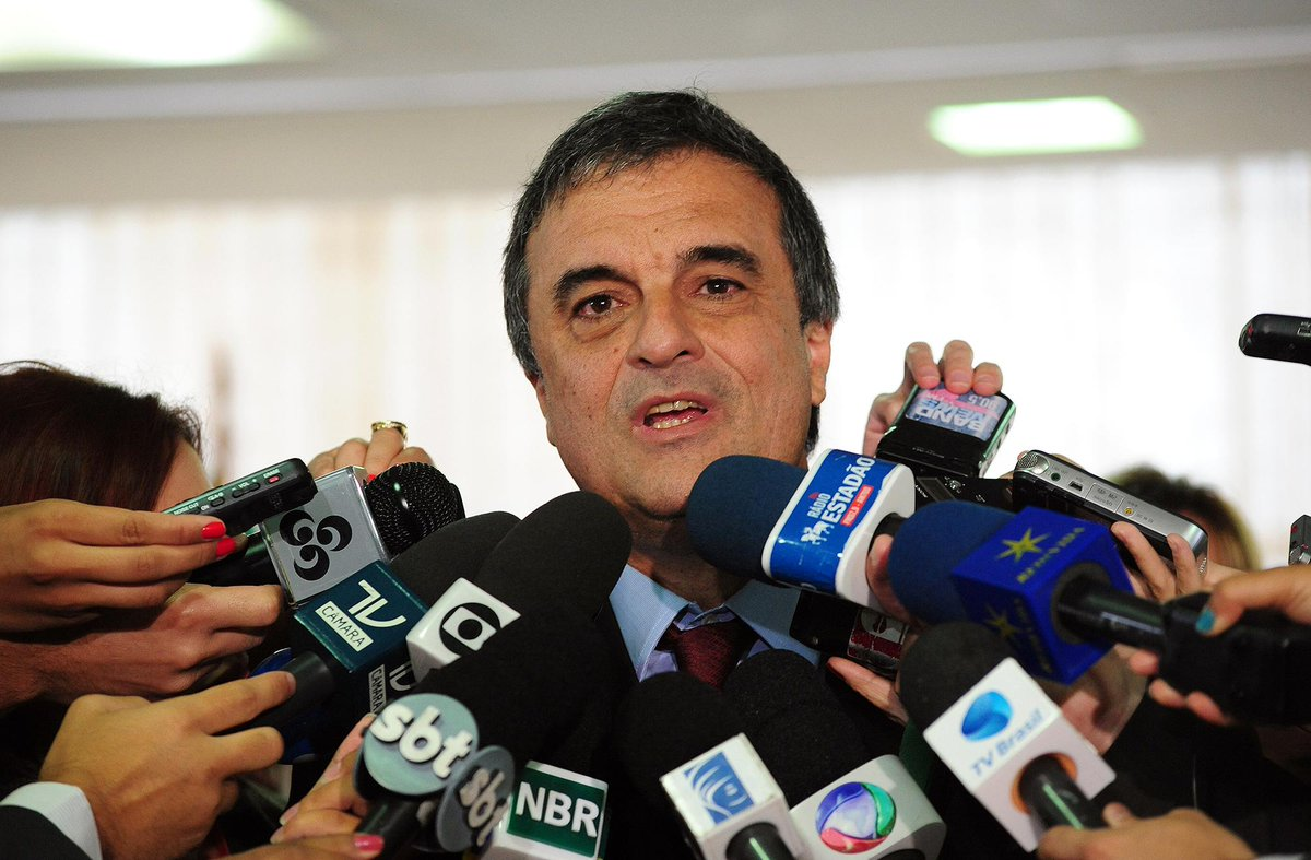 Ministro da Justiça terá que explicar reunião com advogados de empreiteiras da #LavaJato. http://t.co/xdY4pmuTQU http://t.co/fVB0E0igVp