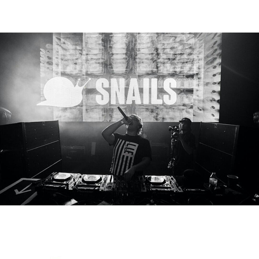 @snailmusic killing it in the #LIEFLAG t @LVZRTHFAM http://t.co/ONq6qREwLM