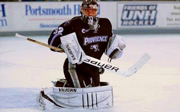 """.@FriarsHockey coach Nate Leaman says #Flames prospect Gillies """"the best goalie at our level"""": http://t.co/ZuXoUv3ok3 http://t.co/Y21hmkgD03"""