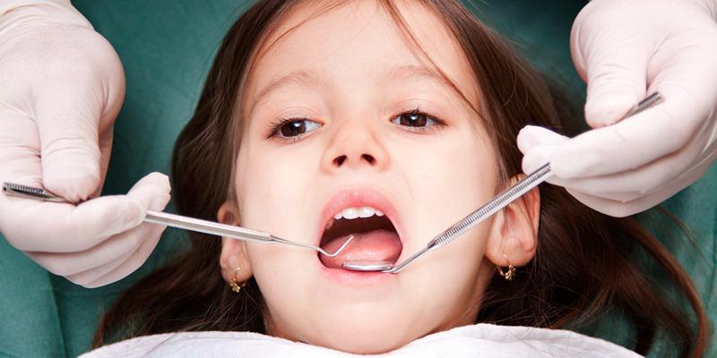Konsumsi Makanan Ini, Agar Kesehatan Gigi Anak Anda Terjaga - AnekaNews.net