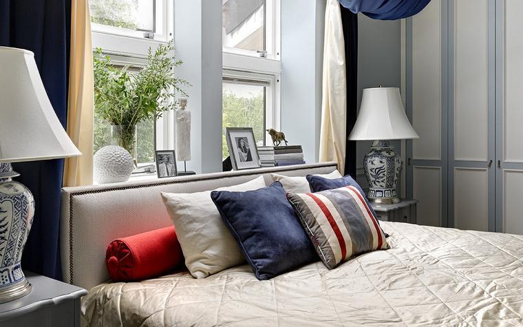 غرفة نوم ذات نوافذ مبتكرة ومميزة ,, #تصميم_داخلي #ديكورات #ديكور_اليوم #بيت_العمر #شقة #فيلا #رتويت http://t.co/R0FyrwQWm5