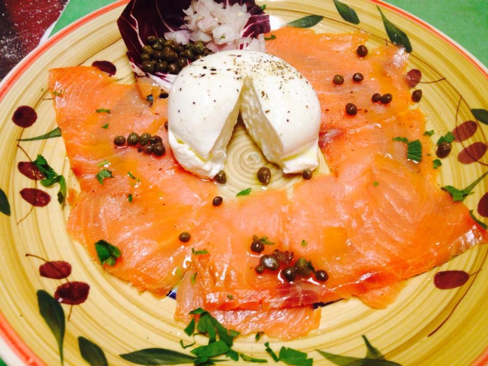 Italian lox #burrata #foodies #astoria #queens #italianfood #smokedsalmon# http://t.co/ehp4WPx6lY