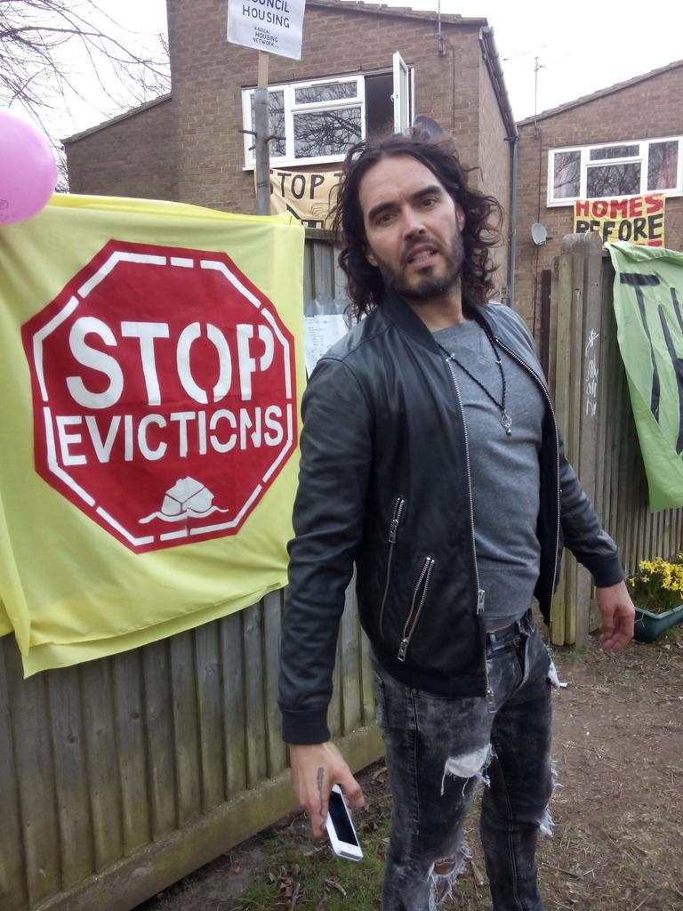 """@SweetsWayN20: Big thanks to @rustyrockets for coming telling @AnningtonHomes we don't want their 'regeneration'! http://t.co/zHD8BeMBn0"""