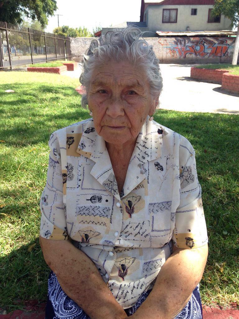 @DonDateador Vía @LolitoPrisiGyal Abuelita perdida en Maipu, Ubaldina Soto N.Carabineros la llevó a la 25 Comisaría http://t.co/cMvTZHdjdF