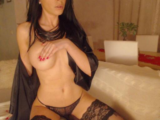 Online now, wearing this :) Kisses guys! #sexytease #brunette #saturdaynights #lusciouslips