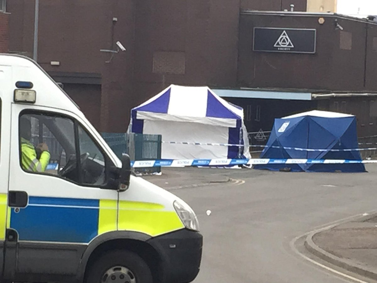 BREAKING: Man, 18, murdered at #Coventry nightclub http://t.co/jPtbQiIdmA http://t.co/WiouXiIwKF