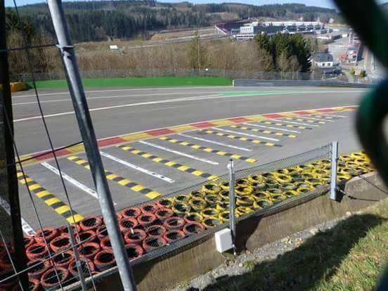 Oeps I saw this picture coming by. Ready for lift off?? #spa http://t.co/otwKHx6pMv