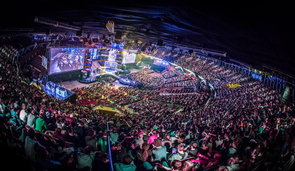 Just look at this. That. Is. Beautiful. #eSports #CSGO #ESLOne http://t.co/oVp0BoXISs