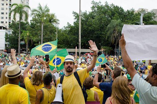 Divinópolis/MG também protestou : http://t.co/o6v5ZDayDt