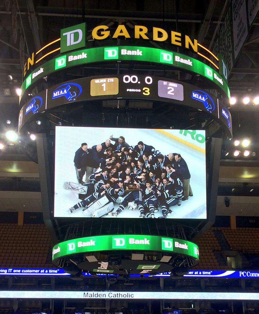 Congratulations to the @stjohnsprep @TheNestSJP @sjpathletics Hockey team #Super8 Champs!!! #LetsCelebrate http://t.co/xDRSZPUrIr