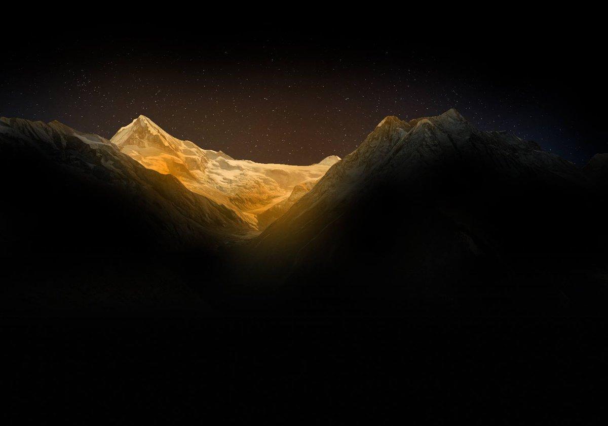 L'illumination des sommets aura lieu le 18 mars à 20h15. Meilleurs points de vue: http://t.co/4wSabTi1Vi #Valais2015 http://t.co/ZBh5t7TiDT