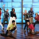 I love this! :) RT @DANCEonFOX: This photo is EVERYTHING! #SYTYCD All-Stars w/ @FLOTUS on @TheEllenShow! #GimmieFive http://t.co/BvgeYopTGl