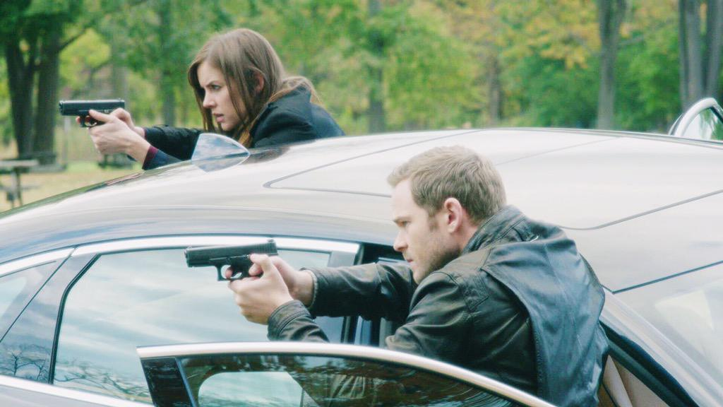 Wanna know who these two are aiming at? Watch #TheFollowing on Fox tonight! East Coast, it's almost time! http://t.co/vGKK2Q5QO2