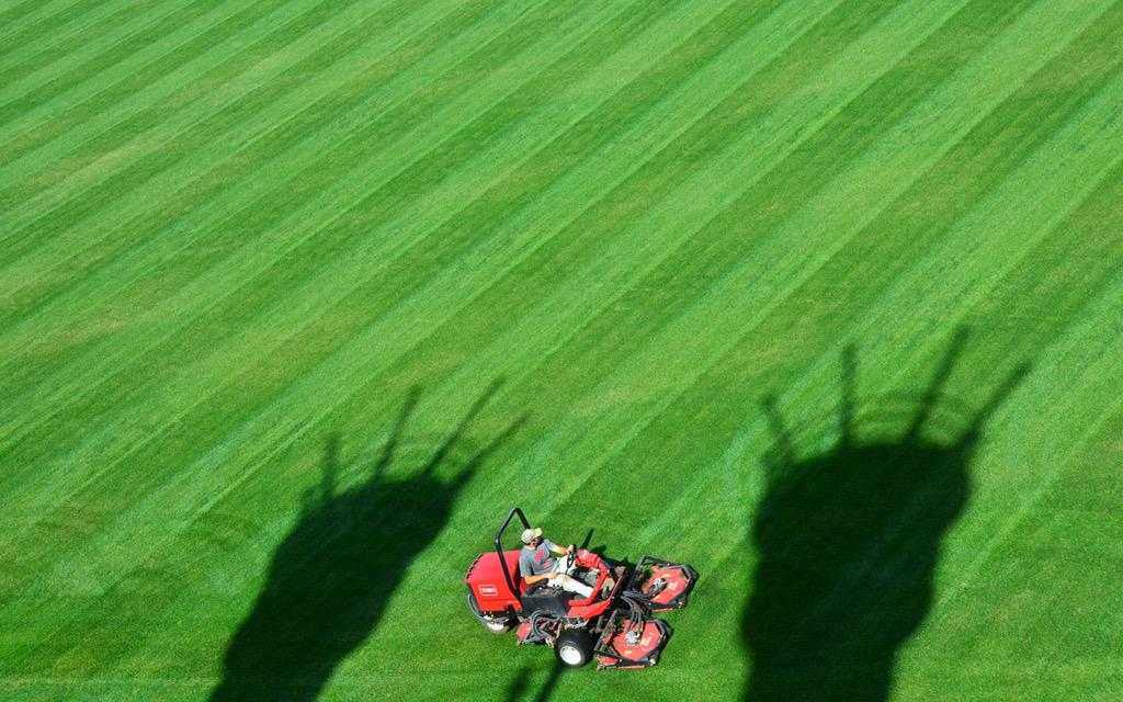 Turf Day at GABP: @Reds grounds crew cut the grass for the first time in 2015 http://t.co/NvmPTmr9wL
