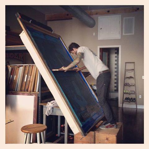 ¿Habíais visto alguna vez una pantalla para #serigrafía tan grande como esta? http://t.co/E6DM8EGIIY