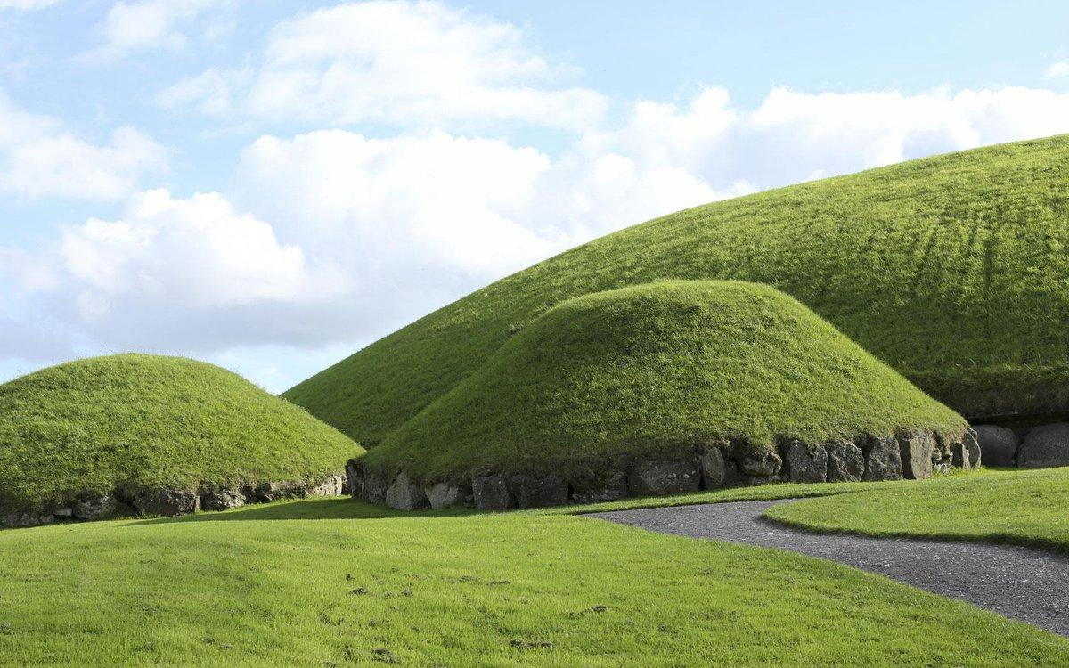 Happy #StPatricksDay! Please enjoy some beautiful Irish music and scenery! http://t.co/zV4Tl4wQBD #ProudToBeIrish http://t.co/9zKRPn9Q1o