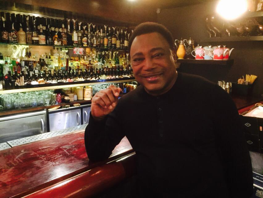 Not every day you get a jazz legend in your bar. Honoured to host George Benson today. His drink? Scotch on the rocks http://t.co/Y6eQGkAypu