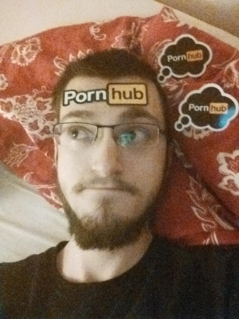 RT @JUMPhil: I swear I'm 100% innocent. Just look at those innocent eyes. #PornhubSwag #DoIWinSomething @Pornhub http://t.co/W1oNEX98BW