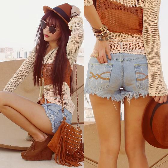Opiniões? ❀❀❀ #look #lookdodia #tendências #roupas #beleza #acessórios #moda #inspiração #estilo http://t.co/PS4OI3h5iF