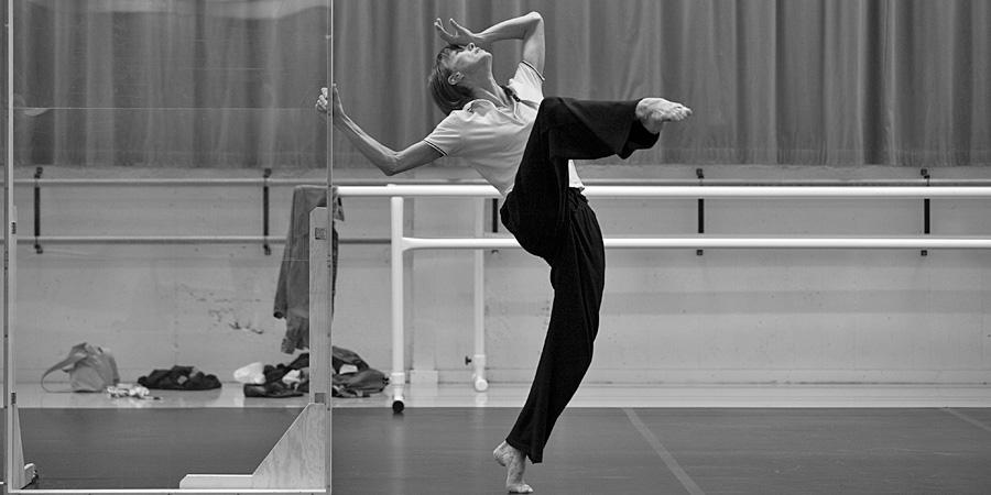 Sylvie Guillem's Last ever UK Performances will take place @brumhippodrome http://t.co/0x03JMMktJ Pic ©Leslie-Spinks. http://t.co/3rmeiCFRdn