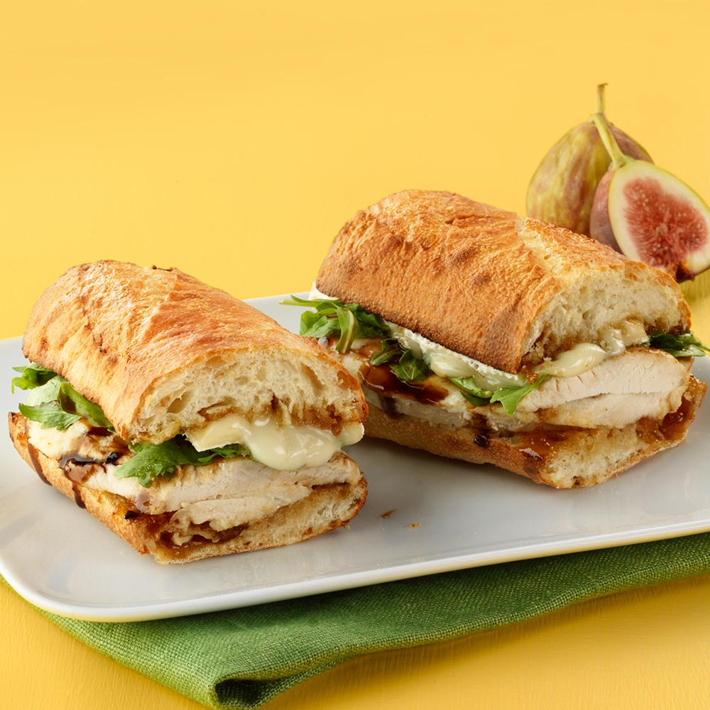 Craving something savory & sweet for lunch? Try our new toasty Chicken, Fig & Brie sandwich on a house-made baguette. http://t.co/biV5GCPGSv