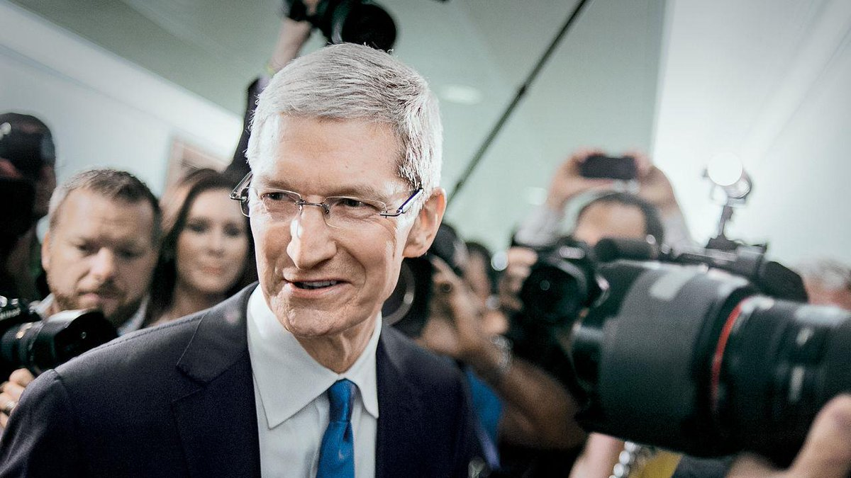 Fascinating interview with Tim Cook on Apple's future: Everything Can Change Except Values http://t.co/qgL6gMfaiG http://t.co/Z4NvfEiHlX