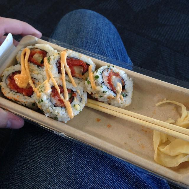 RT @layoverlife: Sushi in the Baltimore airport Baltimore BWI airportfood layover spicytuna nom food… http://…