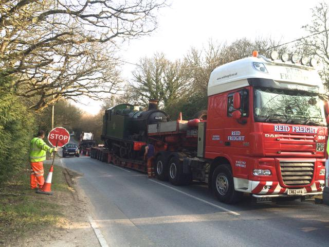 A trailer carrying a steam train has collapsed in Coldharbour, Wareham. It is thought it will be moved overnight. http://t.co/v1VPytjt23