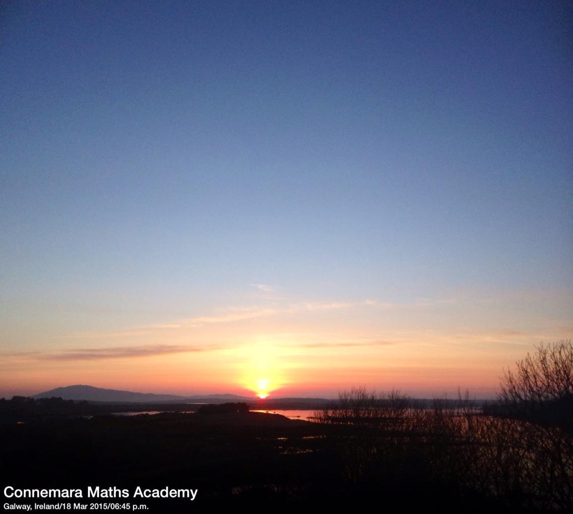#sunset #Connemara this eve @VacancesIrlande @Connemarathon http://t.co/1AiQ9eBd57