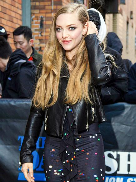 We are loving #AmandaSeyfried's look for her #TheDailyShow appearance. #RUNWAY #celebrity #fashion http://t.co/XPoPqvEw4V