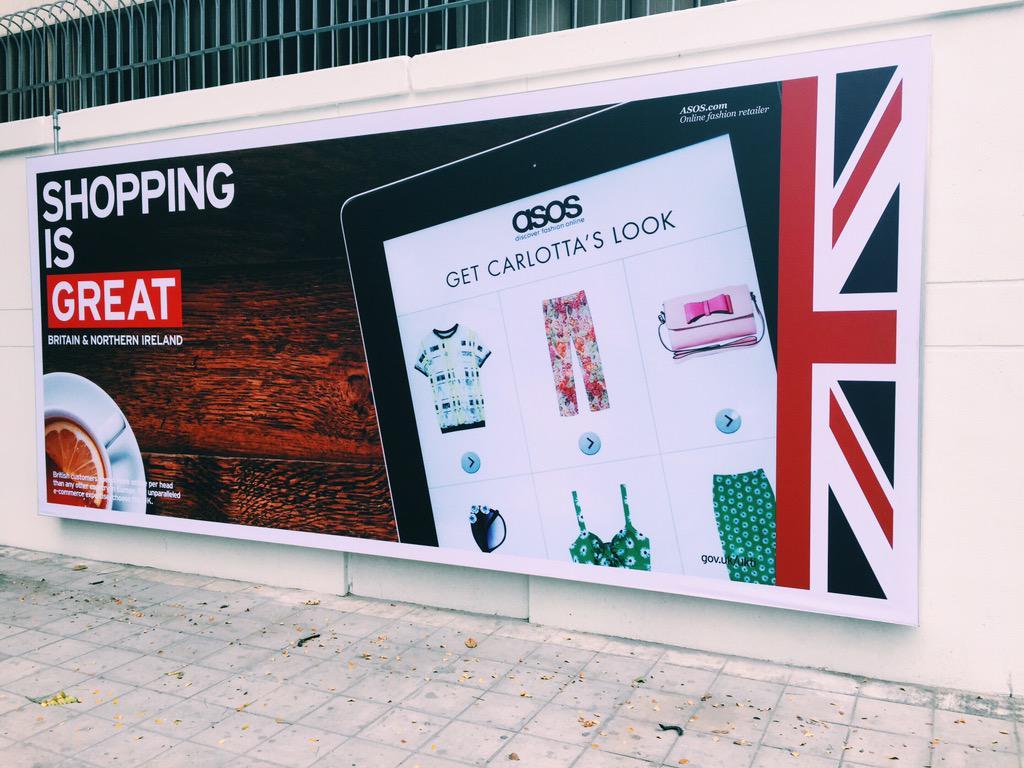 สถานทูตอังกฤษกรุงเทพฯ ... สุดเท่ เก๋ GREAT! http://t.co/3JZXxu3PKt