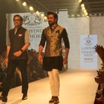 RT @vervemagazine: . @Riteishd closes #day2 of #lakmefashionweek for #RaghuvendraRathod http://t.co/RQnwfyCaFa