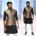 RT @PrithamSadashiv: The Dapper @RiteishD for @RRathoreCo on Day 2 Finale #LakmeFashionWeek Summer Resort 2015.  #MenwithStyle #Bearded htt…