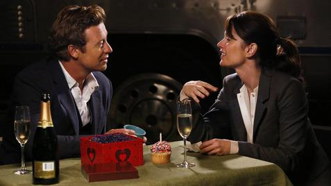 I love this never before seen bts #Jisbon photo. #TheMentalist http://t.co/XvJ1GAAn4g