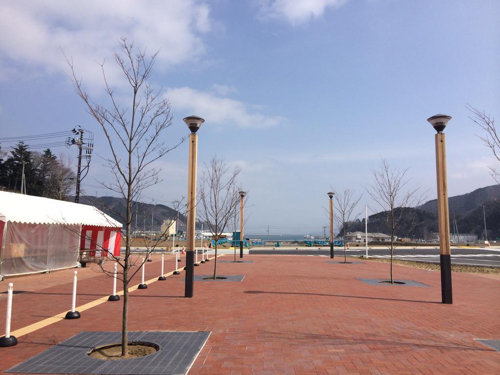 ただいま、女川! 新しい駅舎から海が見えるよ! http://t.co/5cZAxiZrI5