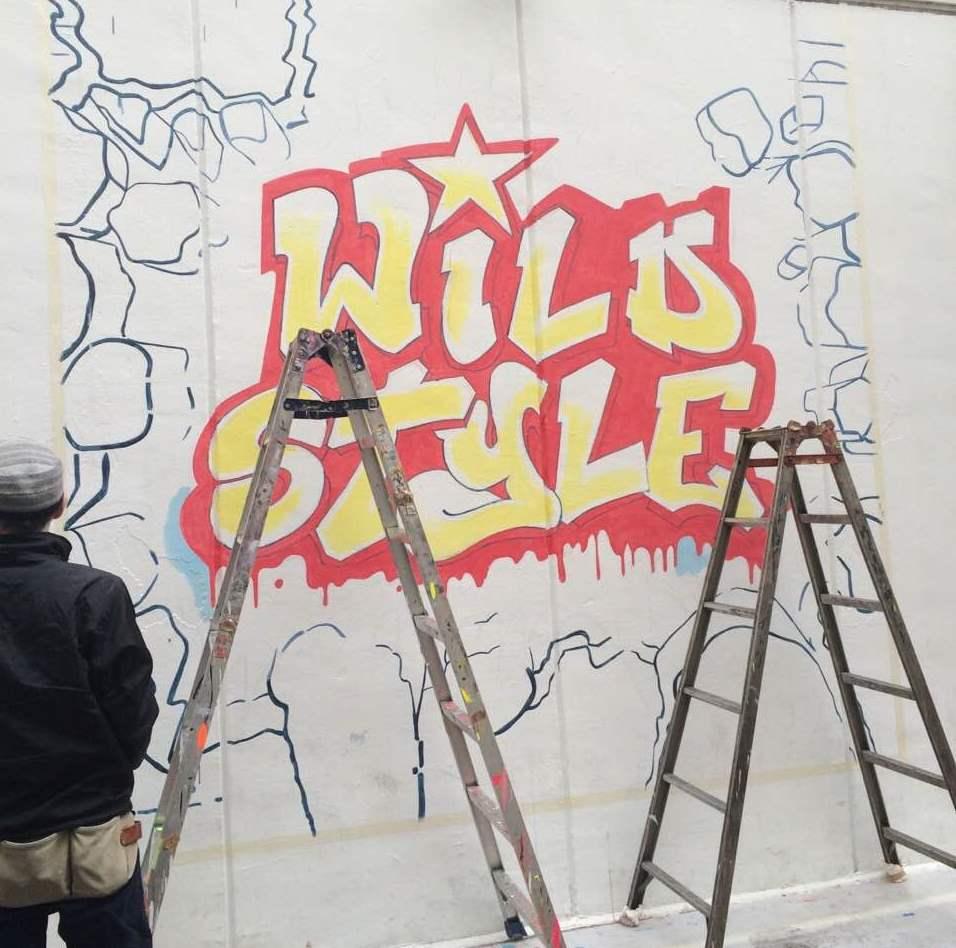 渋谷のパルコパート1の壁画には『ワイルド・スタイル』の印象的なあのロゴが...!!完成までもう少し!映画はいよいよ明日より公開http://t.co/xIb2O16jaY http://t.co/POkgvZ96bJ