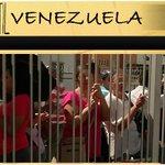 "@mauxi1 @Ric_Matos96 ""DOCUMENTAL"" EN TIERRA HOSTIL ""VENEZUELA"" http://t.co/BKvZlflgEy http://t.co/JSy0md4jF5"