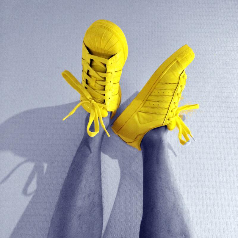 I've chosen my #color. How about you? #adidasOriginals #OriginalSuperstar #Superstar #supercolor @adidasIndonesia http://t.co/v9kmQIyn8r