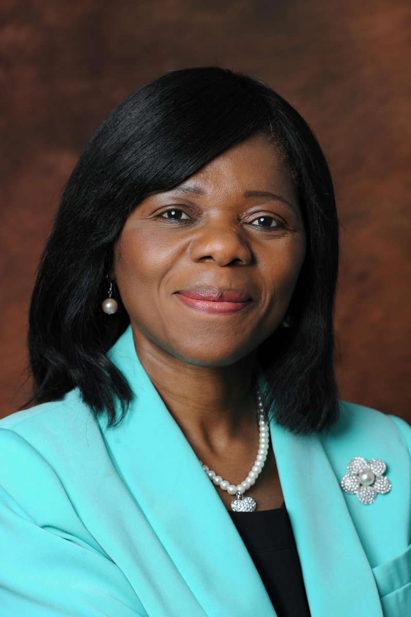 @ThuliMadonsela3 to receive honorary doctorate from @StellenboschUni  Thu 26 March #SUGraduation http://t.co/8WIkbw06tA