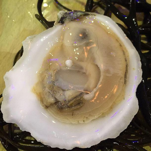 """A little gift from your favorite farmers! """"@BPOysterette: Something in one of our @IslandCreek #oysters last night! http://t.co/ofNyOvmOi9"""""""