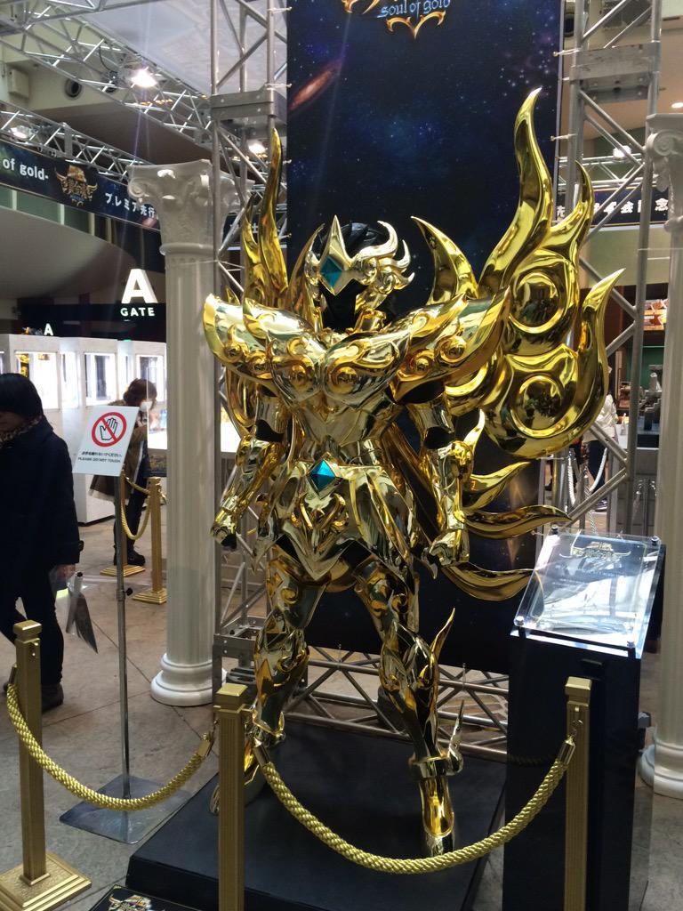 Avant-première Saint Seiya Soul of Gold ٩(^ᴗ^)۶ cc @aquafeles @mugen_jo http://t.co/FvGfKxUtpN