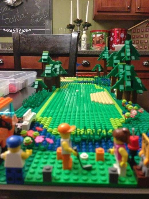 The ultra-cute Lego #golf course. http://t.co/nfBnwPy0oo