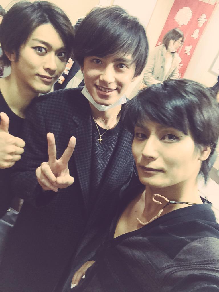 神様はじめました  を観てきました。レアショット。王子と圭ちゃん。そして翔太と!!29日まで公演しているらしいですぞ!
