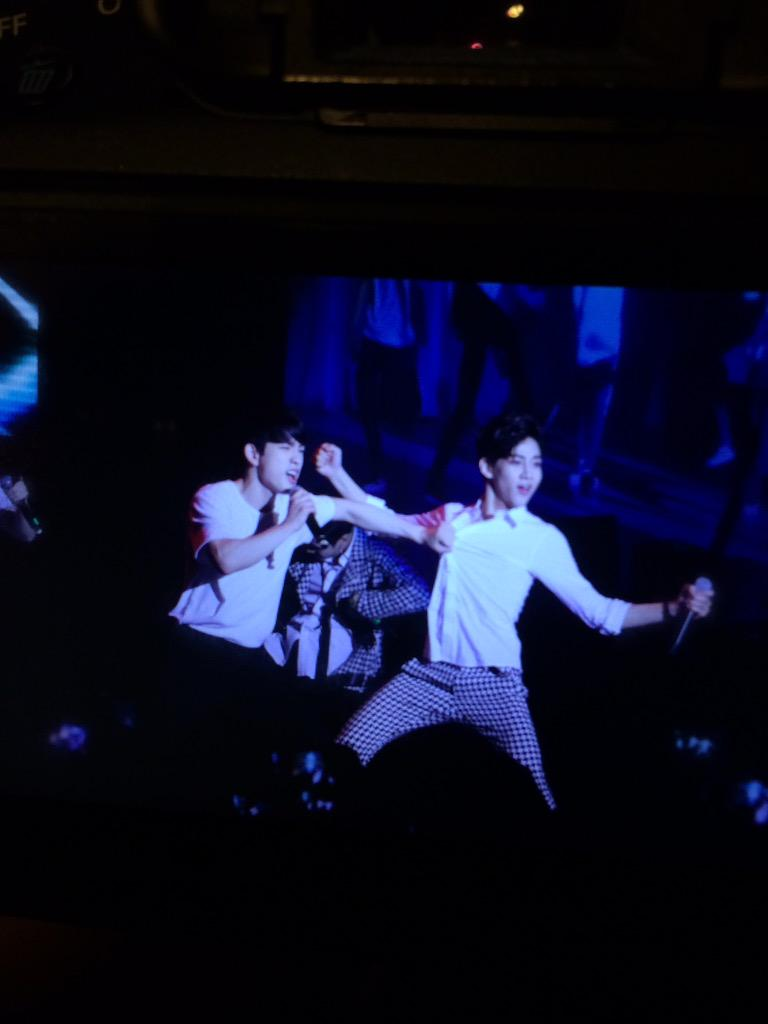 #GOT7inKL JinYoung bouncing with Bambam lmao!!!!' http://t.co/nTCntJL7tP