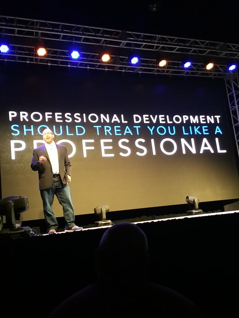 """@brumbaugh: Be a professional @adambellow #cue15 http://t.co/Htaiz9zC88"" Yes!"